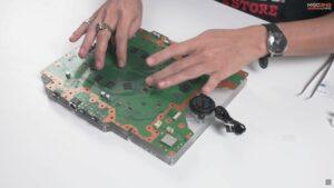 Vlastní PS5 základní deska a pumpa